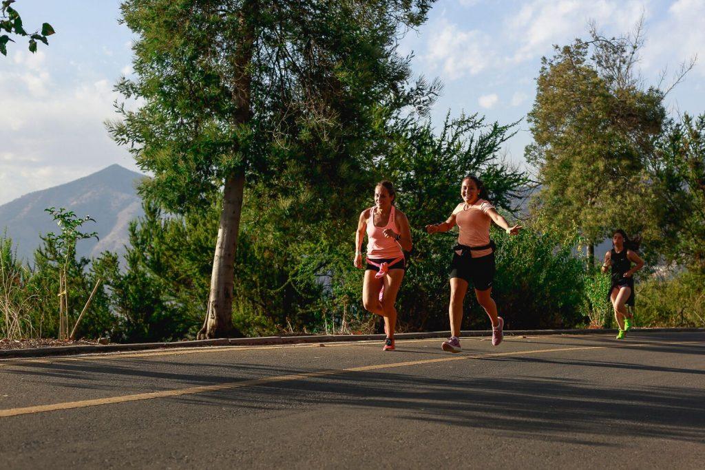 Running y mujeres. Consejos para mujeres que corren, entrenar en casa, conoce los mejores datos de rutinas disfrutar del running en una comunidad de mujeres.